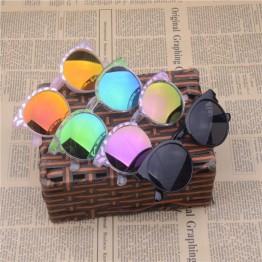 Boys and Girls Aviator Style Sunglasses, UV400 Protection